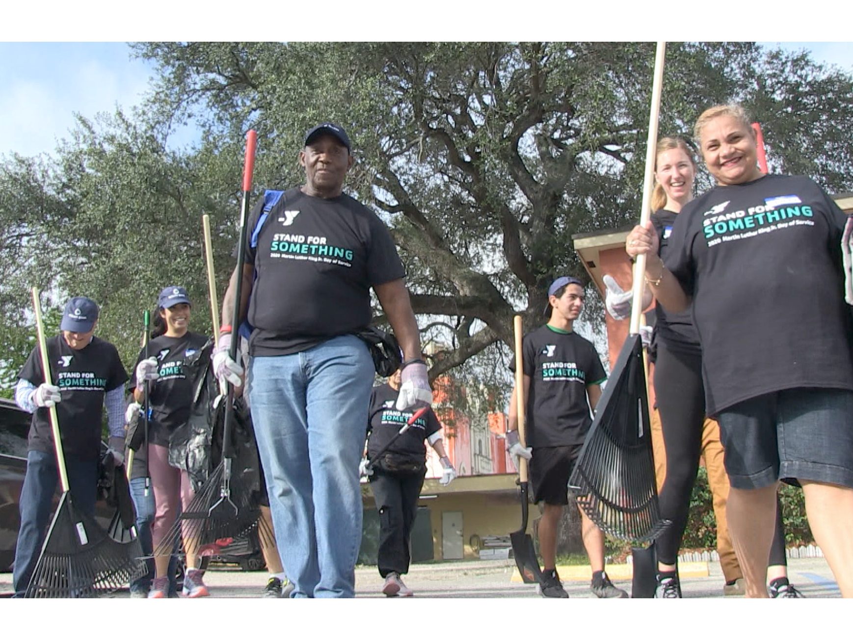 YMCA HOLDS DAY OF COMMUNITY SERVICE ON KING HOLIDAY -NEWS ALERT